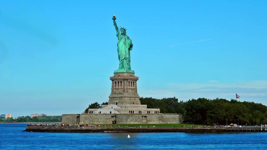 new york city liberty statue