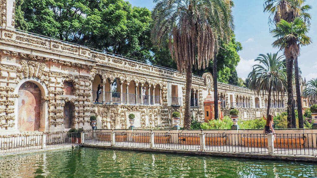 alcazar of seville gardens
