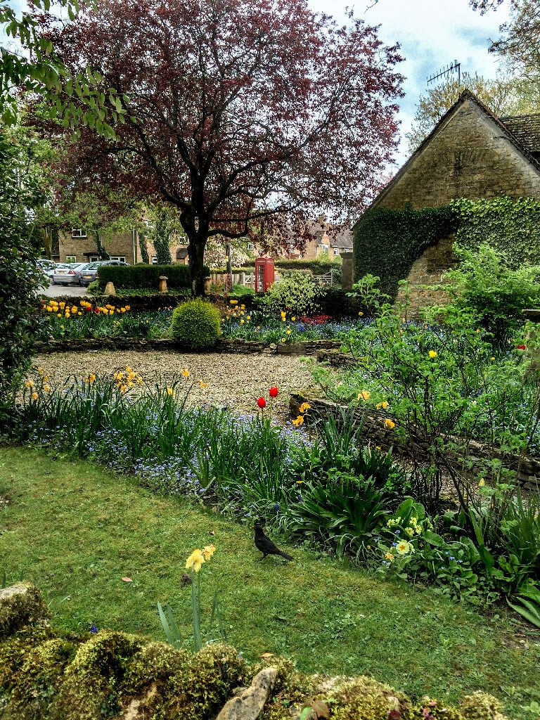gardens in the cotswolds